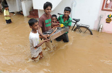 Hudhud: Modi announces Rs 1,000 crore interim aid for Andhra Pradesh