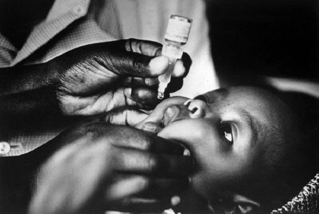 Routine life-saving immunisation can avert 1.5 million deaths every year from preventable diseases, says WHO (Photo: World Health Organization (WHO))