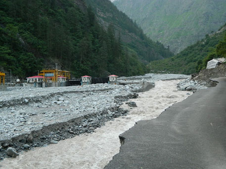 Vishnuprayag hydel project suffers extensive damage