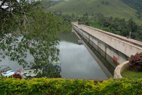 Supreme Court allows raising water level in Mullaperiyar dam