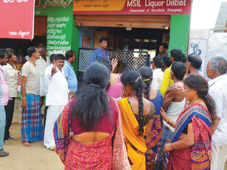 Women protesting against the governmentowned liquor shop in Hedatale despite stiff opposition from men. The action led to the authorities shutting the shop for a few weeks