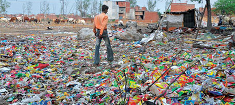 India researchers make petrol from plastic