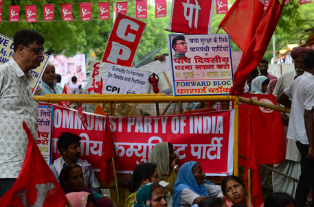 Left demands right to food  for every Indian