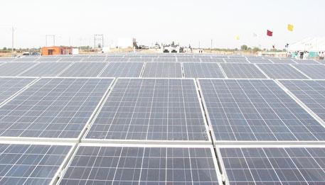 A solar project in Gujarat (Photo: Jonas Hamberg)