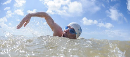 Ace swimmer Lewis Pugh swims seven seas to raise awareness