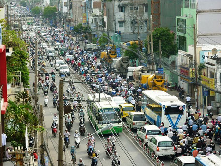 Traffic in Ho Chi Minh city. CO2 emissions from transport sector in Vietnam is projected to go up to 144 million tonnes in 2050 from 20.3 million tonnes in 2005 unless mitigation measures are undertaken (image courtesy Wikipedia)