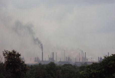 Prime Minister's trophy for steel plant overrides pollution concerns