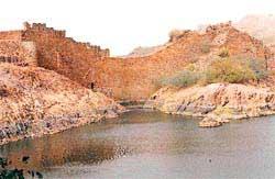 The water of Ranisar tank, bui (Credit: Anil Agarwal /CSE)