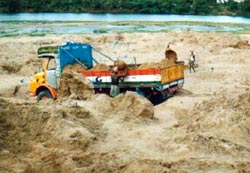 Sand mining continues unabated in TN