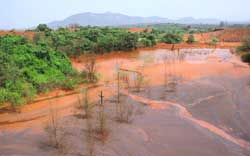 Toxic spread: mine waste poiso