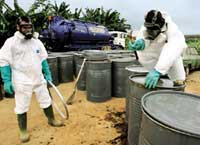 Ivory Coast cabinet resings over toxic waste