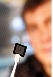 The new solar cell is smaller< (Credit: Georgia Tech Photo: Gary Meek<)