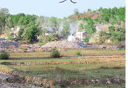 Illegal quarries in Goa rapped