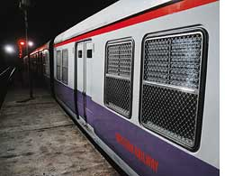 CO2-choked Mumbai rail bids for carbon credits
