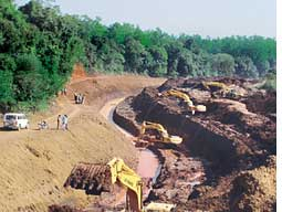 The canal diverting water from (Credit: Shrihari Kugaji)