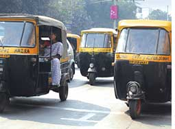 Kolkata autos ply as usual (Credit: David Ewalt)