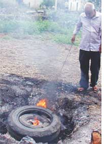 Raja Marathe burns tyres with salt