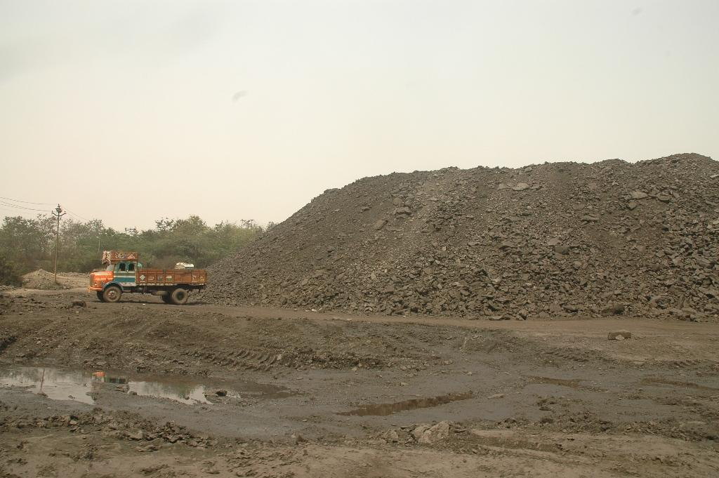 The report also states that competition may have been restricted in the auction of 11 coal blocks (Photo: Agnimirh Basu)