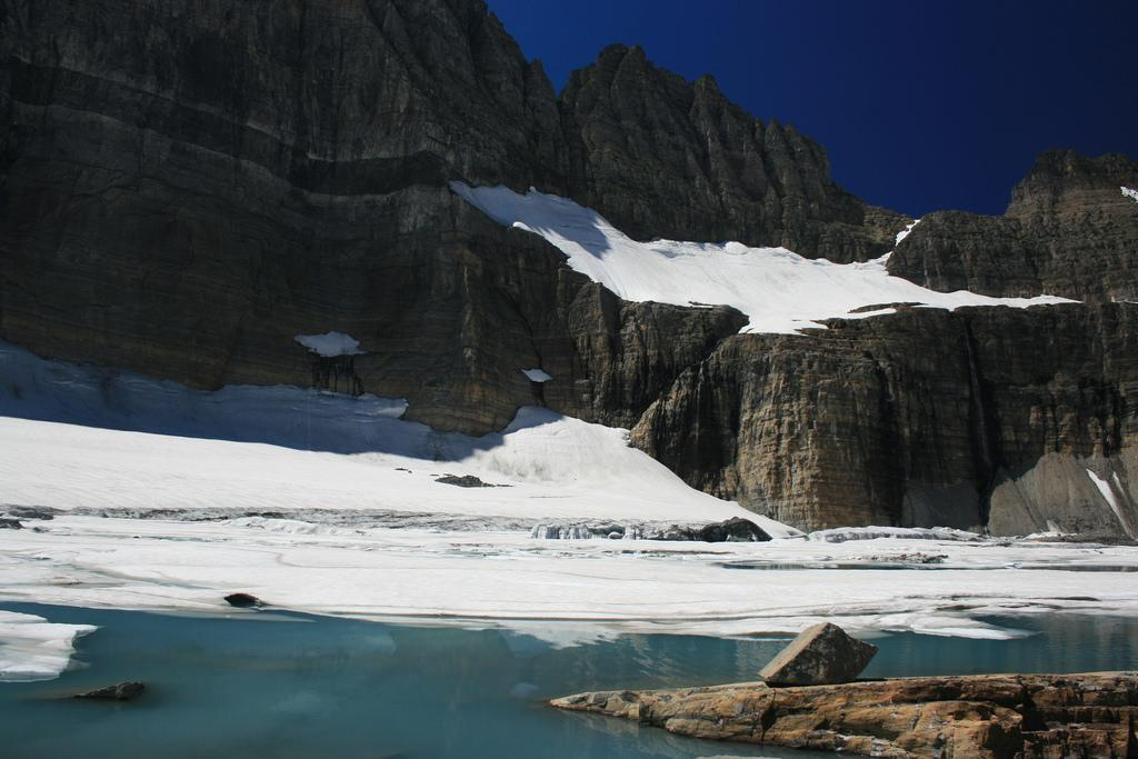 226 glaciers in China's Tiger Valley region lost 27 sq km of ice in the past 48 years. Credit: Navin75/Flicker
