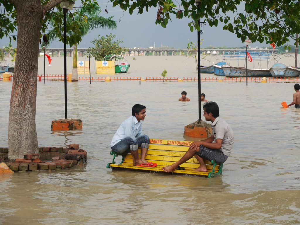 Rising level of water in River Ganga threatening places such as Allahabad and Varanasi. Credit: Barry Prousman/Flicker