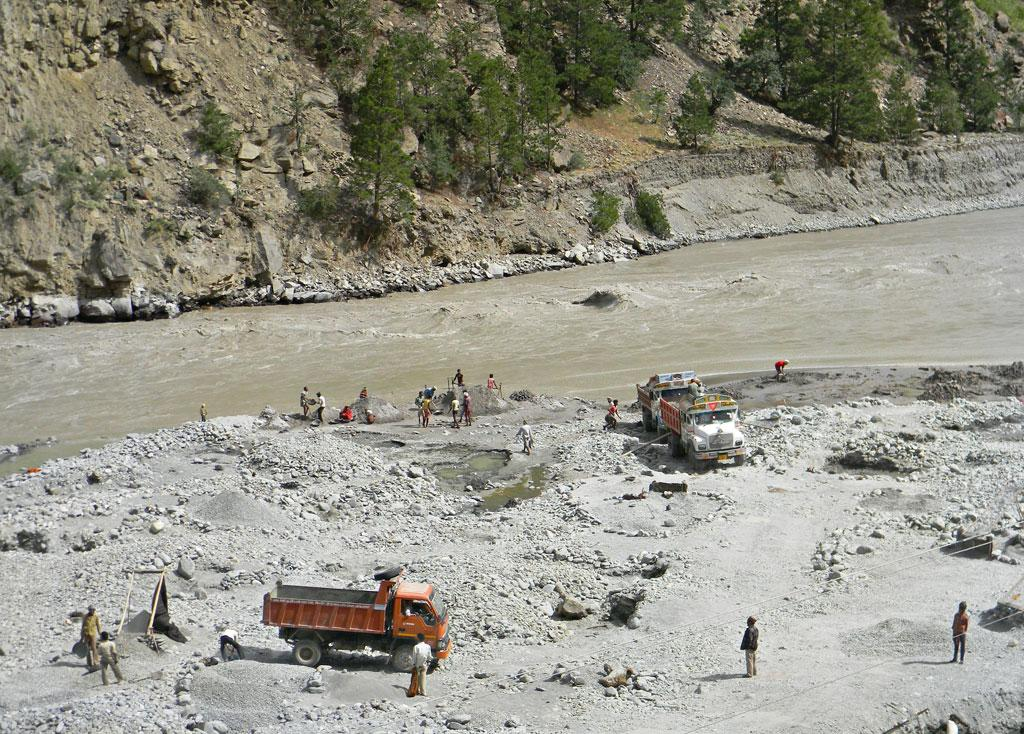 River bed sand & stone mining goes on unabated on the Satluj, another human intervention with critical ecological costs.