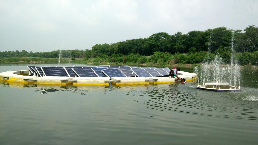 Floating solar power plants have multiple benefits (Credit: Yellow)