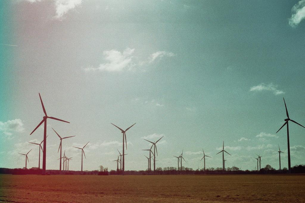 By 2030, India's installed capacities of wind energy is expected to be 191 GW. Credit: Udo/ Flicker
