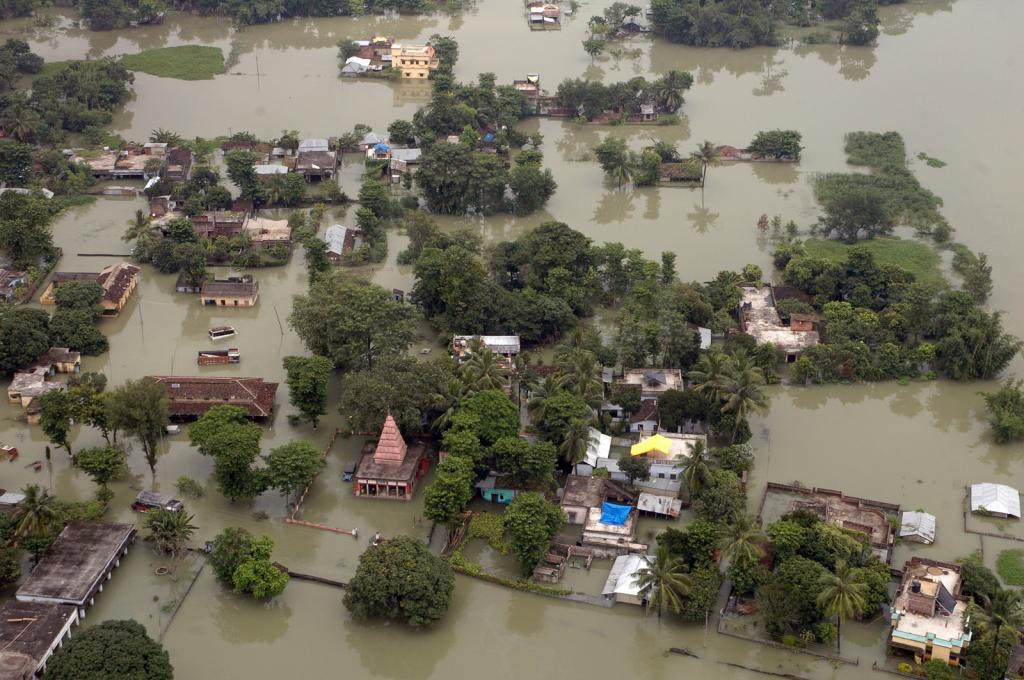 NDRF personnel have rescued more than 65 people from villages in Latur and Nanded districts. Credit: Public Resource.org/ Flicker