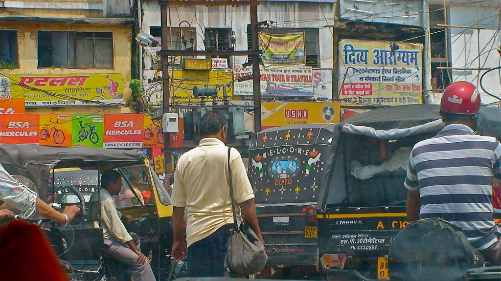 Patna continues to have BS III fuel and vehicular emission technology. Credit: gisella g/ Flicker