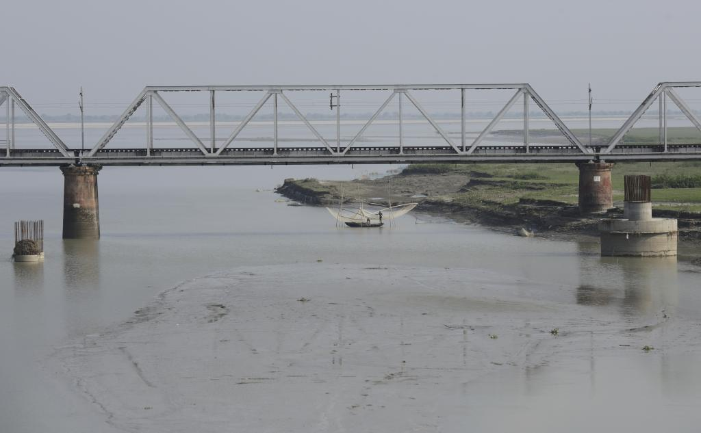 A bridge in Katihar district where the Kosi river meets the Ganga. Credit: Vikas Choudhary