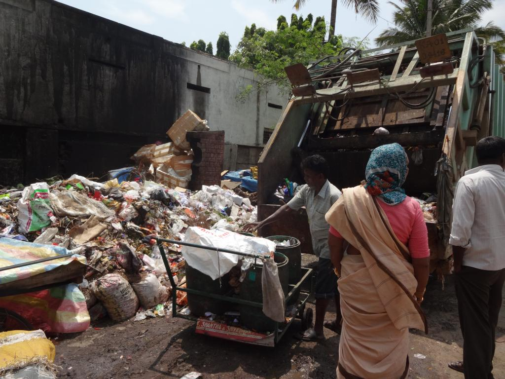 Bruhat Bengaluru Mahanagara Palike claims to generate close to 3,500 tonnes of waste per day (Credit: Aparna Pallavi/CSE)
