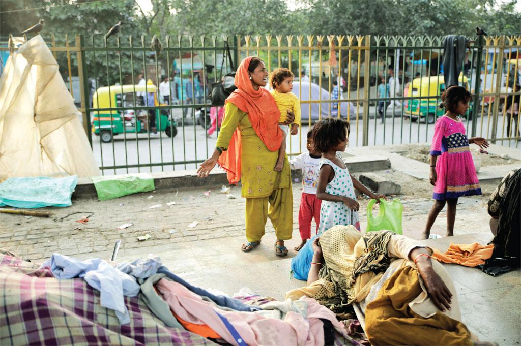 Roshan Ara lives with her family under a flyover in Delhi. She gets only three to four hours of sleep every day. Street lights, traffic noise and the threat to her family's safety keep her disturbed