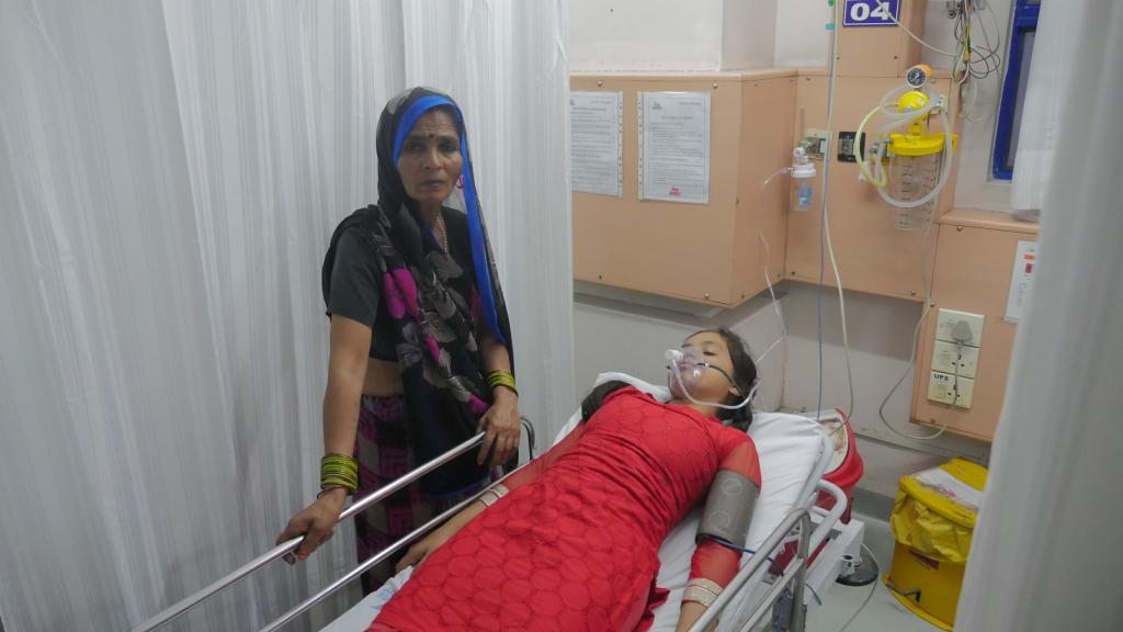 Students and teachers were rushed to nearby hospitals. Credit: Bhaskarjyoti Goswami / CSE