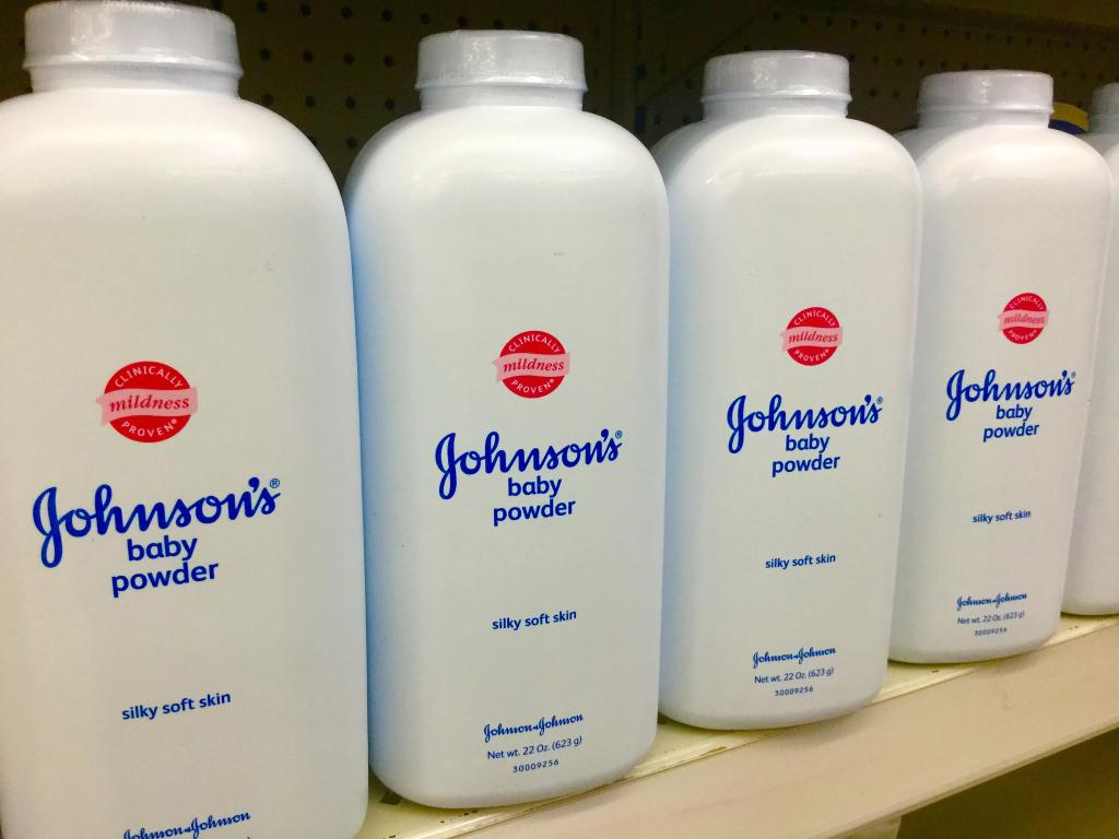 The Johnson's Baby Powder has been in the middle of other such lawsuits linking it to ovarian cancer (Credit: Mike Mozart/Flickr)