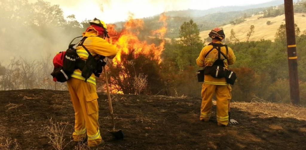 May to October is the wildfire season in California when windy conditions and low humidity act as dry fuels for forest fires. Credit: Coast Guard Compass