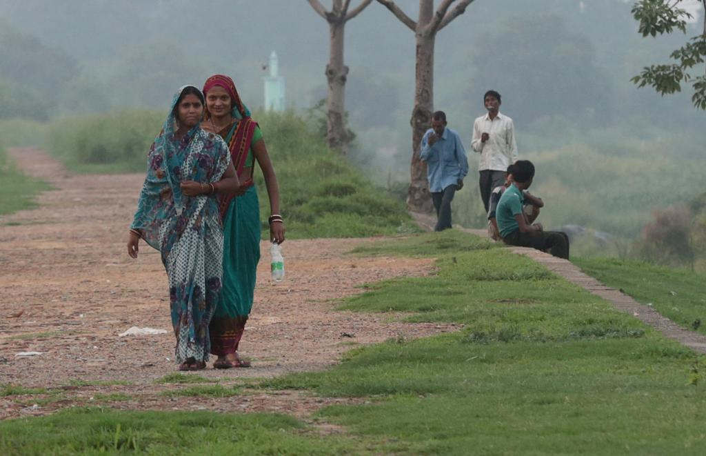 Many resort to open defecation as they lack access to toilets (Credit: Vikas Choudhary/CSE)