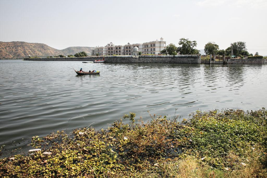 Mumbai-based Vardha Enterprise Private Ltd was allowed construction on 2 ha but encroached almost the entire island on Udaisagar lake (Photo: Vikas Choudhary)