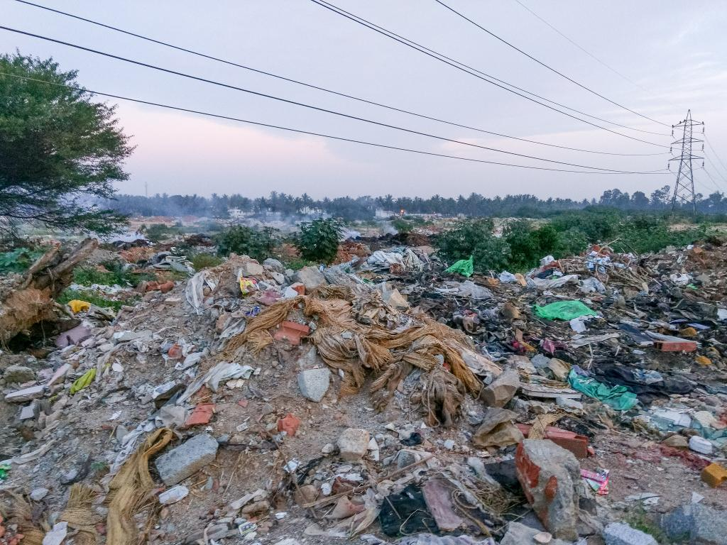 Rampura Lake in east Bengaluru is gradually being converted into a landfill. Credit: Mike Prince / Flickr