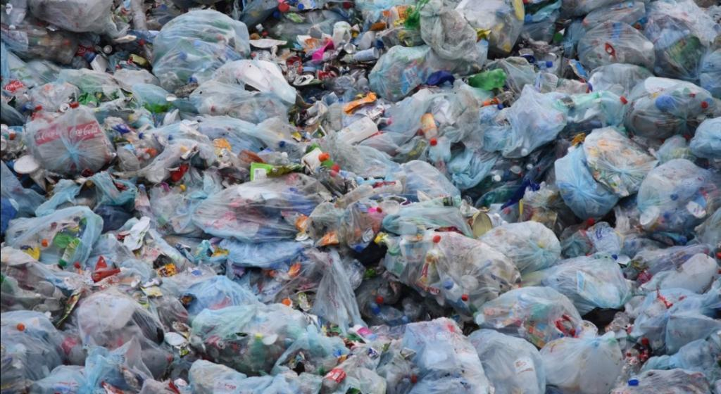 Scientists have formulated an effective strategy of upcycling polyethylene terephthalate (PET) waste into a functional material. Credit: Pxhere