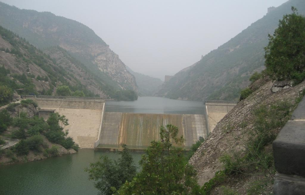 Interventions like dams and canals have already modified ecosystems of the rivers to a great extent. Credit: Wikimedia Commons