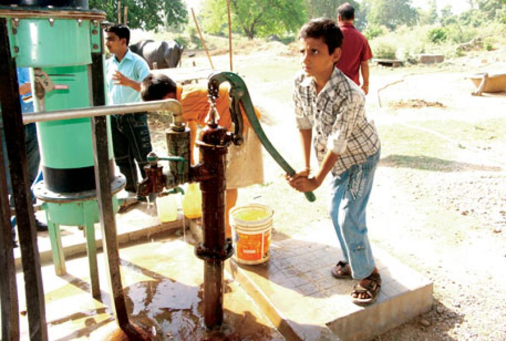 Ramnagar, a village near Patna, has been able to clean arsenic impurities from its groundwater, a problem that otherwise affects large parts of Bihar  Credit: Nitya Jacob