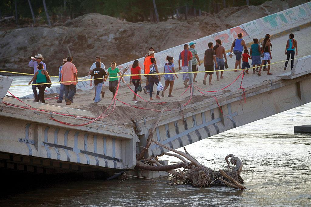 In September 2013, Mexico city witnessed the worst-ever floods in its history, due to which the groundwater and  extraction wells were contaminated  (Photo: Reuters)