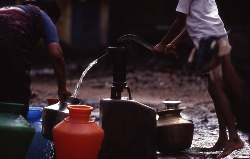 About 4,61,000 households are getting water supply through tube wells/deep bore hand pumps/ public hydrants.