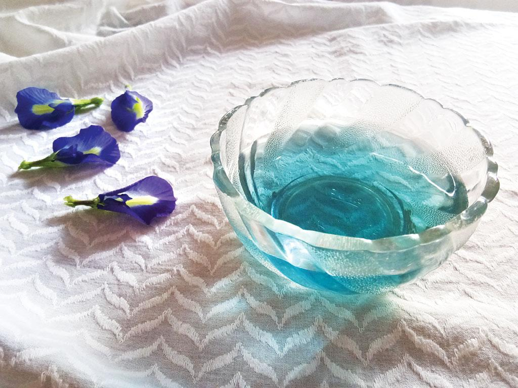 The blue tea, made using butterfly pea flower of royal blue colour, can not only help one relax but also evade several diseases (Photo: Sudeshna Saha)