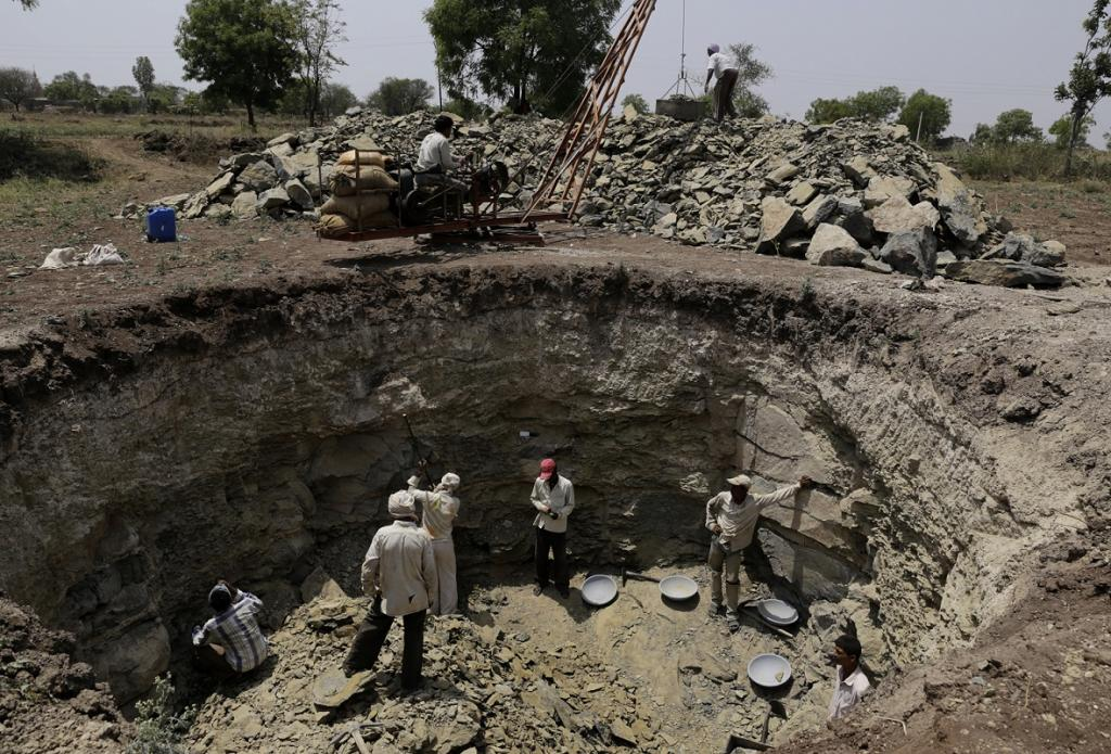 In Maharashtra, out of the total area of 307,713 sq km, the groundwater level has fallen in around 150,000 sq km. Credit: Vikas Choudhary