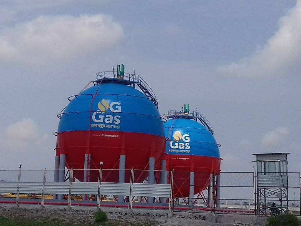 A new gas plant on the edge of the Sundarbans. Credit: Pinaki Roy
