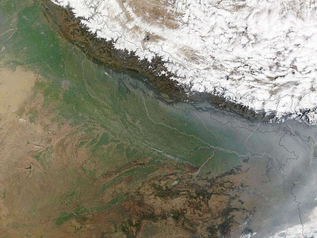 Satellite image of the Indo-Gangetic Plain, the main geographical feature of North India       Credit: Wikimedia Commons