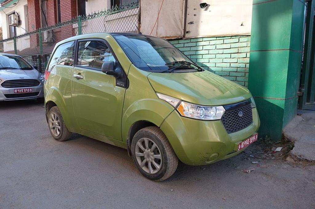 A Mahindra E20, an electric car    Credit: Wikimedia Commons