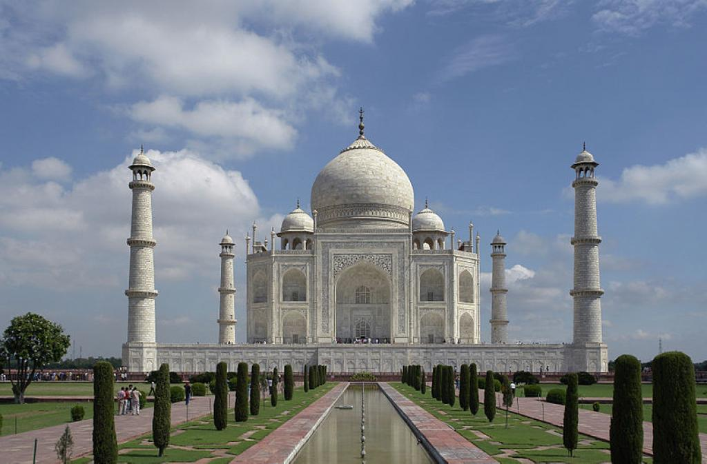 The Taj Mahal in Agra    Credit: Wikimedia Commons