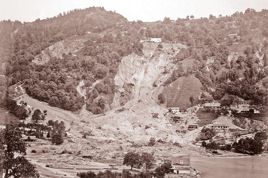 <b>NAINITAL 1880 </b>- The northern ridge around Naini lake in Nainital collapses after heavy rain, killing more than 150 people